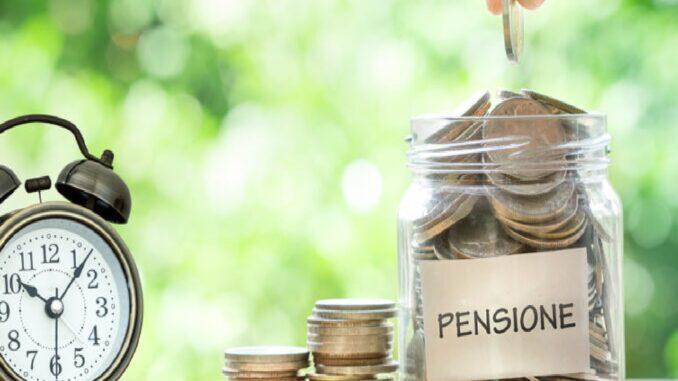 Pensione, pace contributiva: conviene?